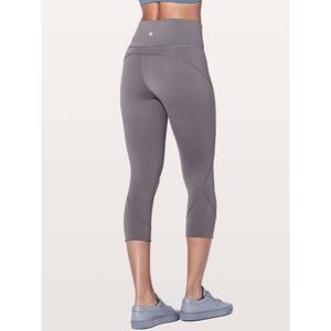 """Lululemon In Movement Crop *Everlux 19"""" Moonphase"""